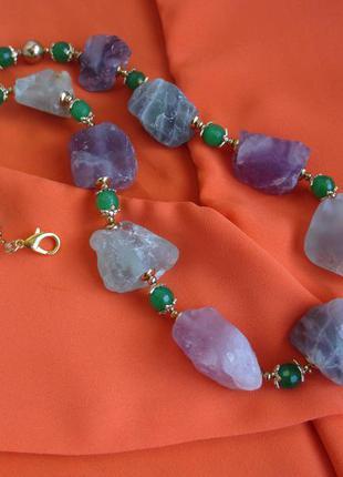 Бусы ожерелье из натуральных необработанных камней флюорита 54 см, вес 170 г