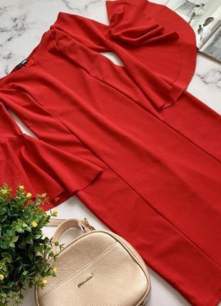 Шикарное платье на выход quiz m/l