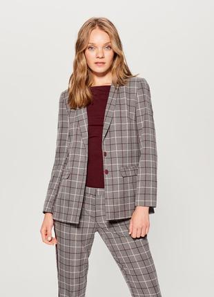 Стильный костюм деловой брюки пиджак в клетку с лампасами mohito