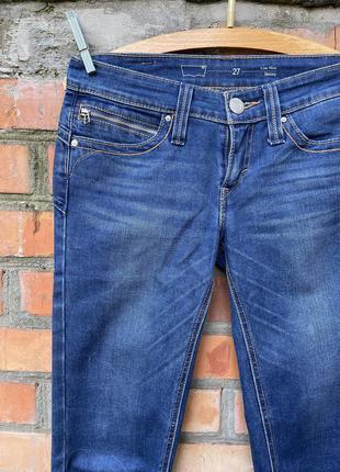 Фирменные джинсы low rise skinny с эффектом push-up w27 l34