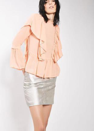 Шикарная блуза с воланами
