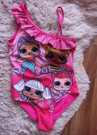 Купальник малиновый слитный с куклами лол на девочку 8-9 лет