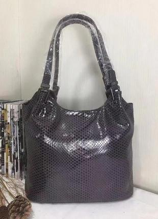 Жіноча шкіряна сумка в кольорах кава