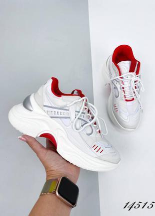 Новые женские белые с красным кроссовки