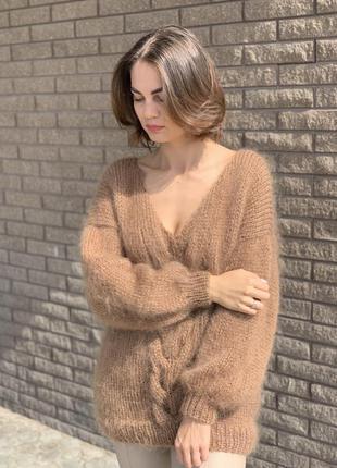 Мохеровый свитер оверсайз