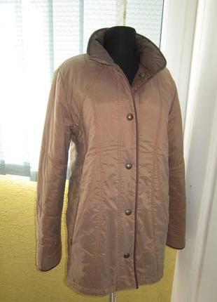 Двухсторонняя шикарная утеплённая куртка !! у нас очень большой выбор верхней одежды!