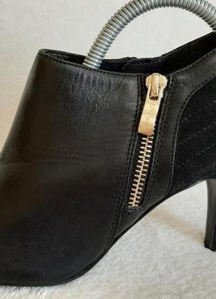 Натуральные кожаные туфли фирмы 5th avenue p.38 стелька 24,5 см