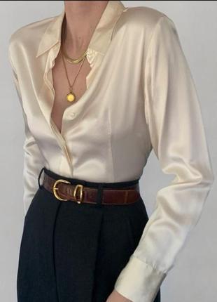 Атласная блуза лимонного цвета