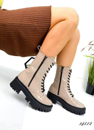 Люксовые лаковые ботинки на шнуровке