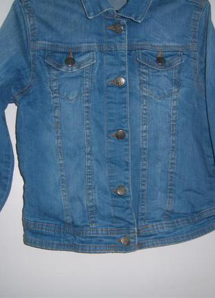 Курточка ветровка джинсовая девочковая рост 128см.