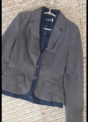 Красивый фирменный трикотажный пиджак /жакет jake *s