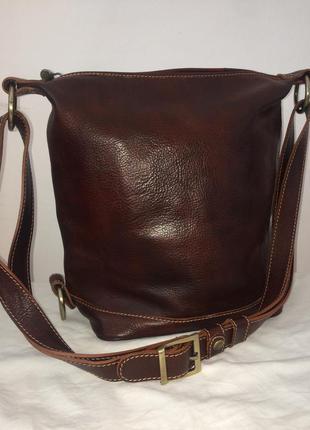 Классная большая сумка из добротной толстой скрипучей натуральной кожи