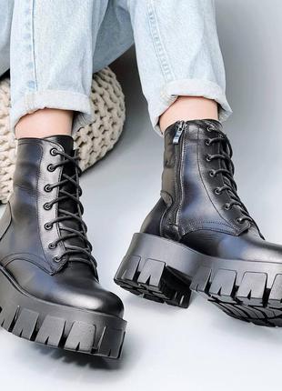 Шикарные кожаные ботинки в стиле прада