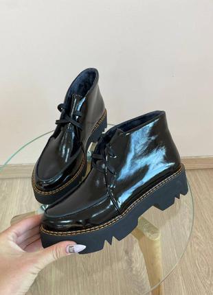 Шкіряні ботинки лаковані демі кожаные лоферы лакированные