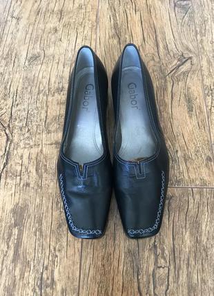 Стильные кожаные туфли новые