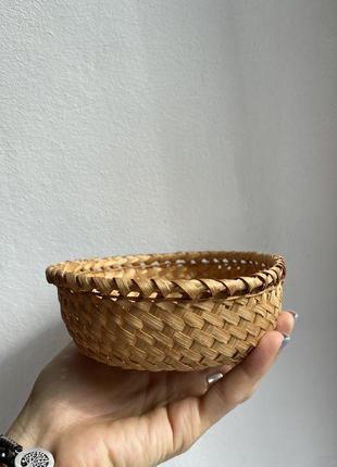 Декоративная плетённая тарелочка ёмкость