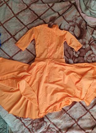 Бальное платье на девочку 5-9лет