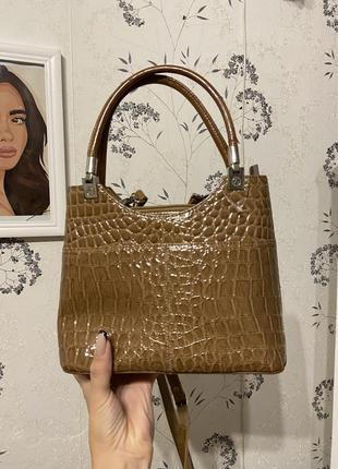 Сумка женская змеиная сумка бежевая лаковая сумка