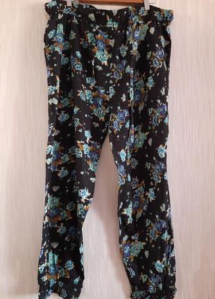 Штаны, брюки новые натуральные 50-52 размера