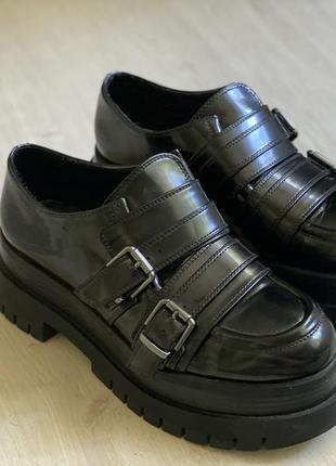 Ботинки bershka на тракторной платформе