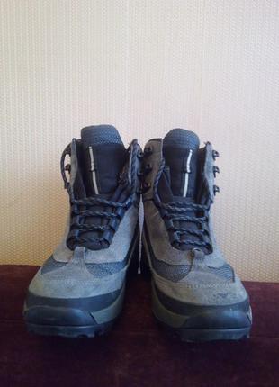 Трекинговые ботинки.натуральная замша.мембрана