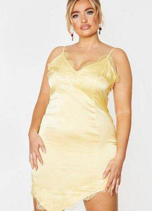 Шикарное платье в бельевом стиле prettylittlething
