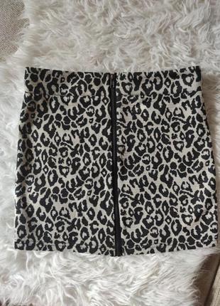 Классная мини юбка на замке леопардовый узор спідниця   vero moda 36 38 s