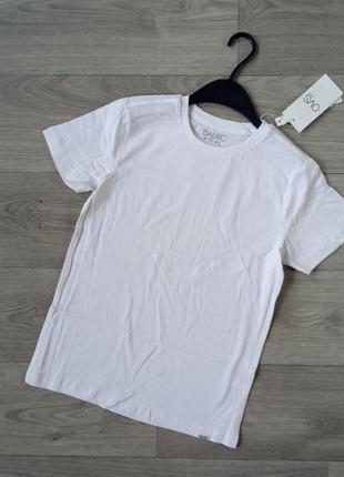Белая базовая футболка біла футболка ovs 128 140