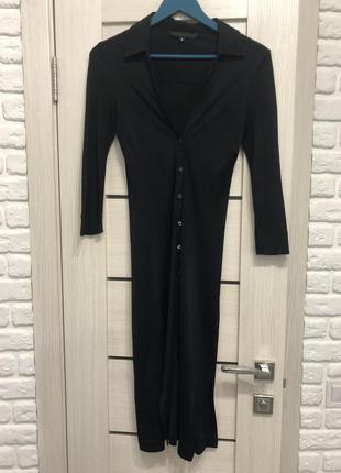 Супер стильно чёрное платье-рубашка guess