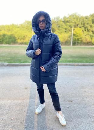 Черная зимняя куртка на змейке по скидке! распродажа. пальто