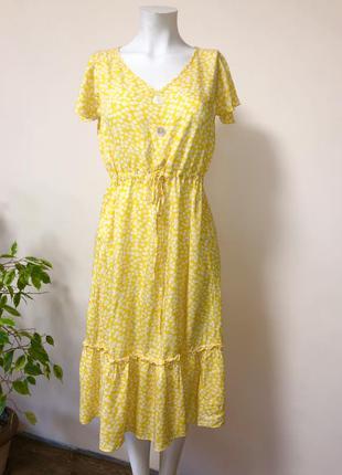 Платье в цветочек,платье ярусное,платье с пуговицами,платье желтое