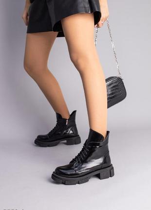 Черные ботинки женские кожа наплак демисезонные