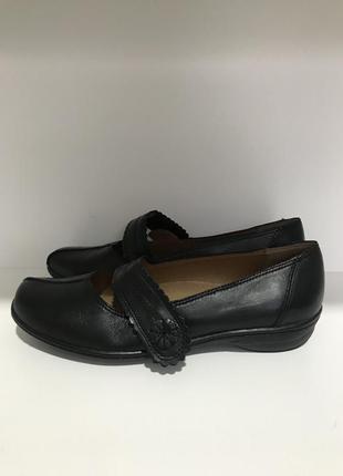Туфли демисезонные 39 р. clarks кожа