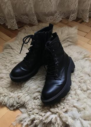 Ботинки женский,ботфорти чоботи,черевики zara ботинки сапоги берци ботильйони лофери