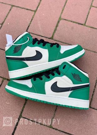 Кроссовки nike air jordan 1 retro mid 'pine green' зелёные