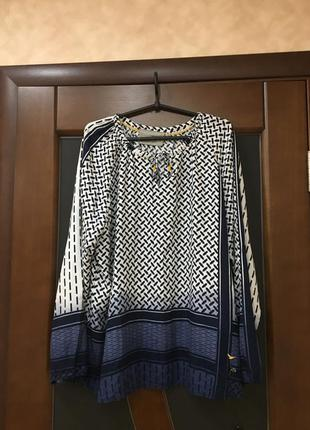 Брэндовая изумительно красивая блуза на наш 54-56