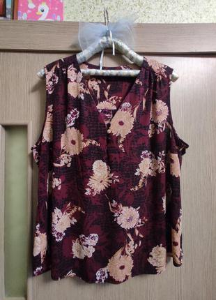 Красивая блуза,батал 20р