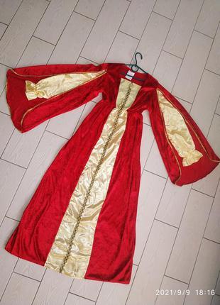 Невероятно красивое карнавальное платье