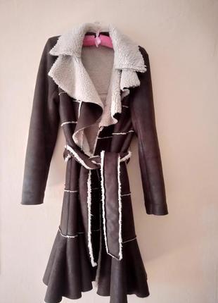Крутк стильне італійське пальто дублянка на осінь