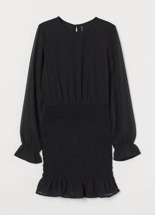 Платье с вафельной сборкой h&m черное