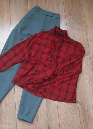 Роскошная блуза с рюшами от  zara