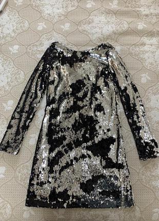 Платье в паетках terranova