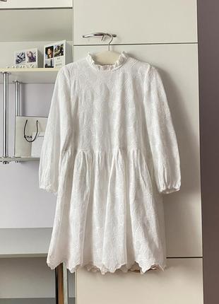Белое хлопковое платье из прошвы от jake's