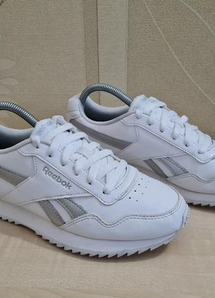 Белые кроссовки reebok оригинал размер 39