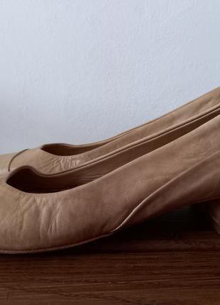 Kudeta італія шкіряні туфлі 37 р. 24,3 см