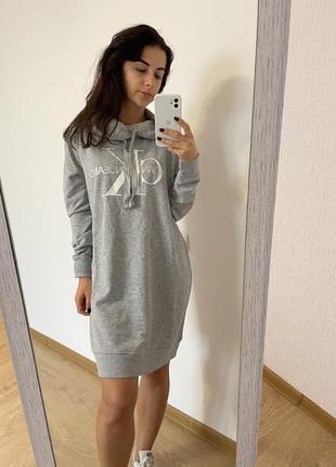 Платье в спортивном стиле calvin klein оригинал