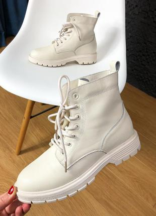 Женские ботинки кожаные 39 40 бежевые