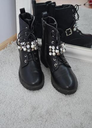 Ботинки женские в стиле zara