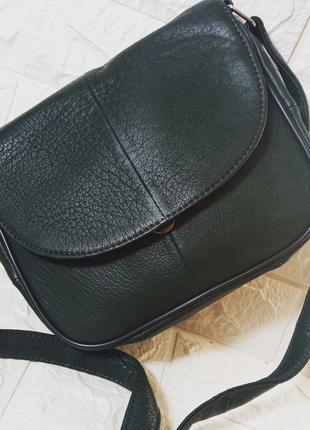 Маленькая женская сумочка сумка кожаная зеленая темнозеленая с длинным ремешком через плечо