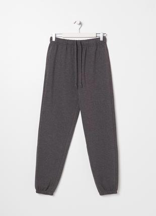 Новые трикотажные спортивные утепленные темно-серые штаны графит мокрый асфальт m l